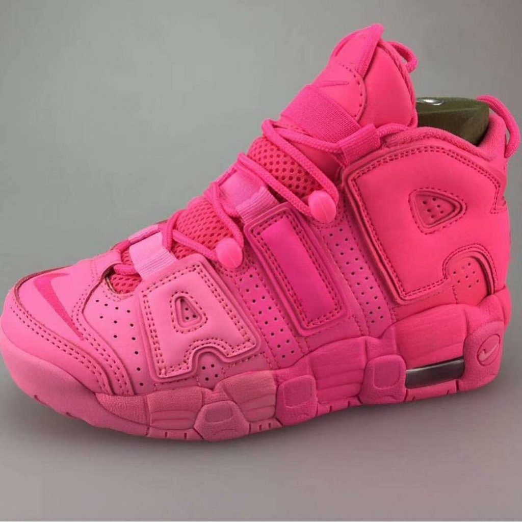 "NIKE UPTEMPO AIR ""HOT PINK"""